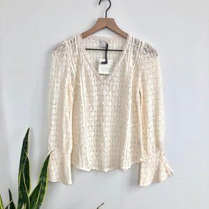 2/$25 Hinge • Ivory Birch Bell Sleeve Lace Blouse